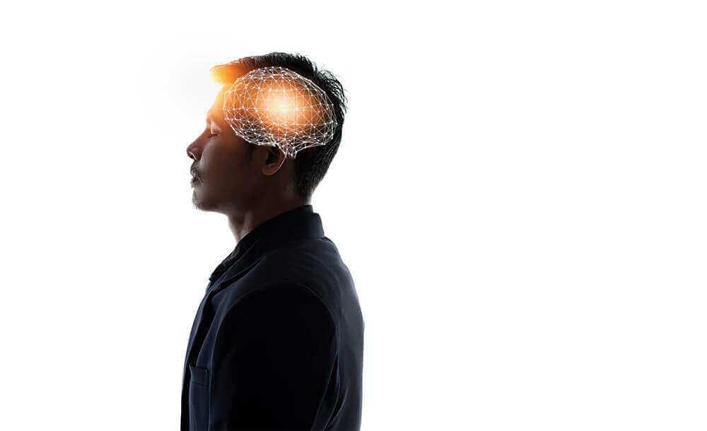 慣れないことに奮闘すると脳内にできあがる努力回路。達成感、快感を脳に与えると習慣化します。